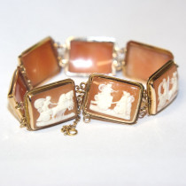 Estate 14k Gold Shell Cameo Bracelet