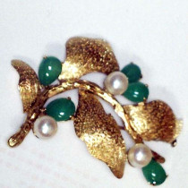 Estate Jade and Pearl Gold Brooch