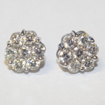 Estate classic gold 2.75 ct. cluster diamond studs